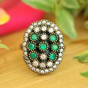 Sterling Silver Emerald And Topaz Stones Ring  7